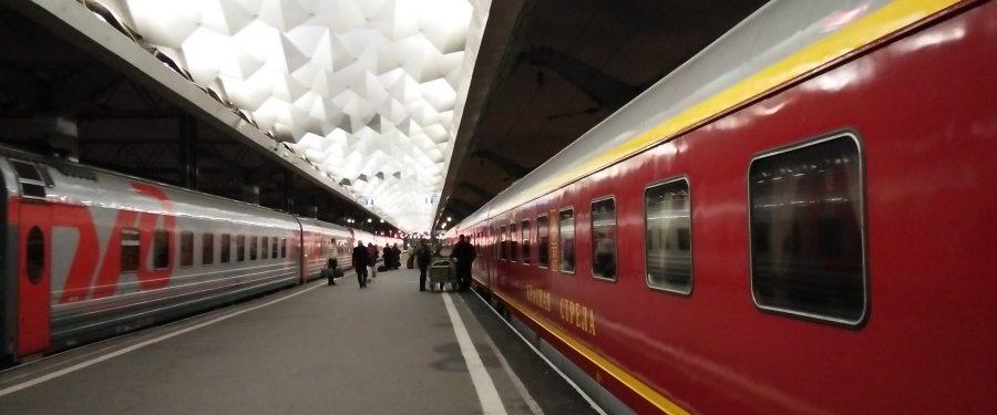 MENCOBA SLEEPER TRAIN DAN BUS ANTAR KOTA DI RUSIA