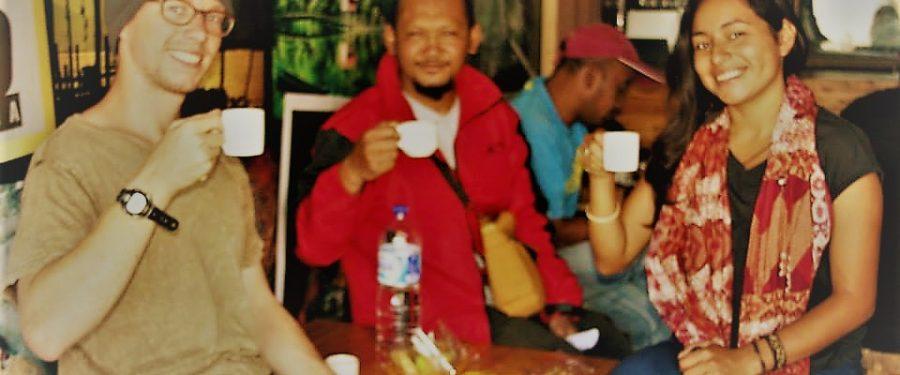 "WIN RUHDI BATHIN  : ""KOPI GAYO DAN TEMPAT SINGGAH TRAVELER MANCA NEGARA"""